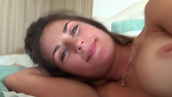 Sexy Cam Sex Girl With Sweet Big Pussy Lips