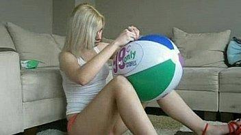 Horny Live Blonde Webcam Sex Show Hottie